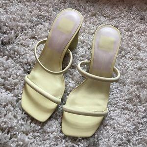 NWOT Dolce Vita neon heels in Lemon size 7.5